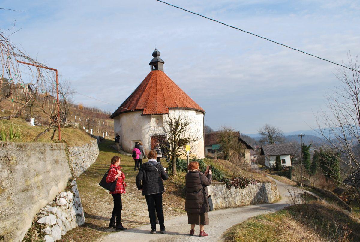 V Valični vasi